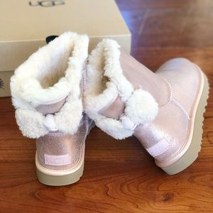 UGG's BNIB W Arielle Bow sparkle rose gold NEW